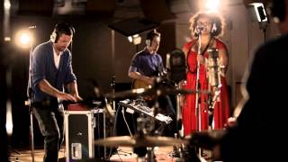 Video Android Asteroid - Marlene - Abbey Road - Live