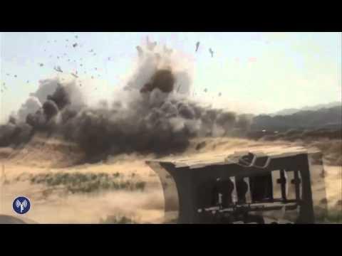 Les soldats du Génie Militaire détruisent un tunnel à Gaza