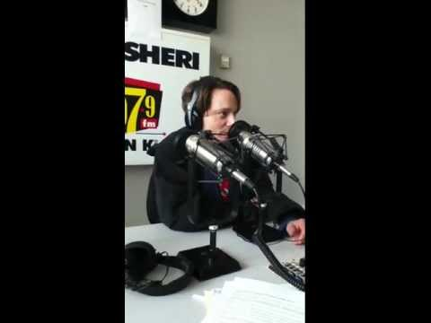 Chris Kattan Joins Matt and Ramona In Studio