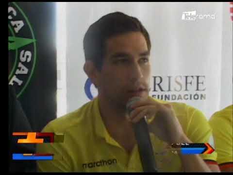 Fedeazuay reconoce triunfo del nadador Esteban Enderica