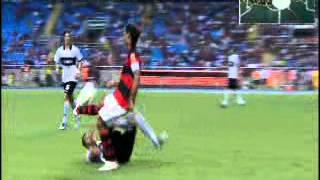 El partido de Ronaldinho vs Olimpia.