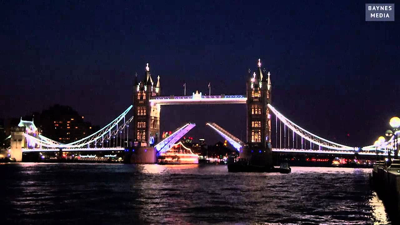 Tower Bridge slaví narozeniny