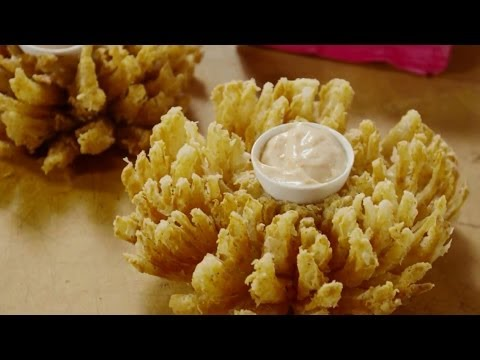 Game Day Recipes – How to Make the Blooming Onion