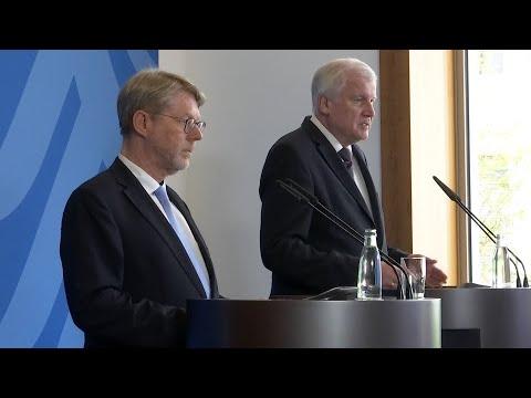 Beamter aus Bayern: Seehofer stellt neuen Bamf ...