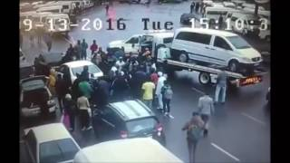 Durban South Africa  city images : Mob beats up would be hijacker in Durban - South Africa