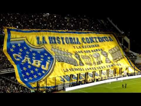 Video - Regalo de Carlitos Tevez a la hinchada de Boca - La 12 - Boca Juniors - Argentina