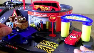 Video DisneyPixarCars Auto Parking Garage Playset with Lightning McQueen Piston Cup Bus Unboxing MP3, 3GP, MP4, WEBM, AVI, FLV Agustus 2017