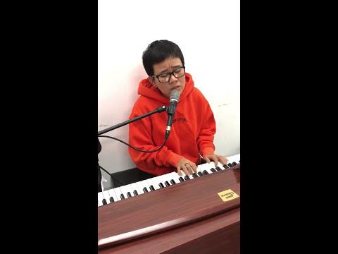 Lạc Giữa Nhân Gian - Ngô Kiến Huy | Official Video Lyrics - Thời lượng: 4 phút và 12 giây.