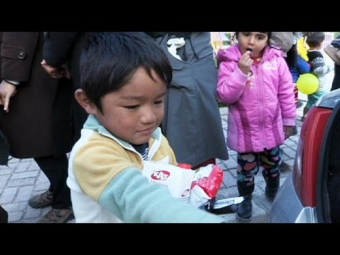 Προσφυγικό: Περιμένοντας στο Τσεσμέ τη βάρκα για την Χίο…
