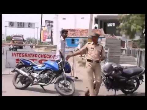india: con i soldi della multa comprano il casco al motociclista!
