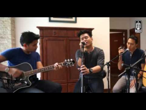 Astoria - AKHIR YANG INDAH (Acoustic Version)