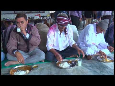 Video Patan Sadhimaa Ni Dhaja And Ramapir No Jyot Path Part-9, 2017 download in MP3, 3GP, MP4, WEBM, AVI, FLV January 2017