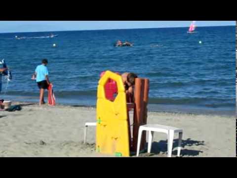 Noah Matteo am Strand von Moriani-Plage
