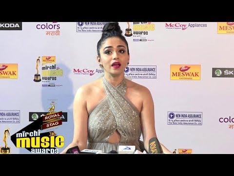 Amruta Khanvilkar At Red Carpet Of 6th Mirchi Music Awards Marathi 2018