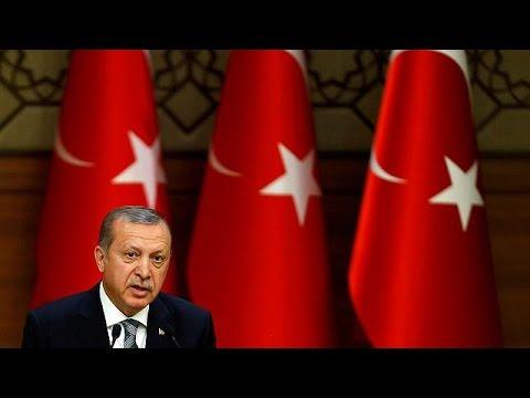 Τουρκία: Ο Χ. Ακάρ παραμένει επικεφαλής των ενόπλων δυνάμεων