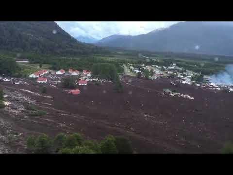 Chile: Un deslizamiento de tierra sepulta un pueblo (VIDEO)