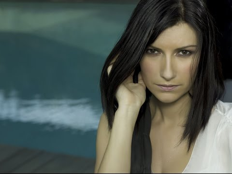 Watch video La Tele de ASSIDO - Música: María Jesús habla sobre Laura Pausini