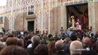 Irsina Sant Eufemia 2014 inizio processione - YouTube