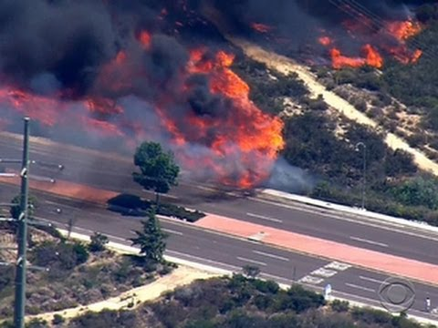 Southern California wildfires prompt mass evacuations