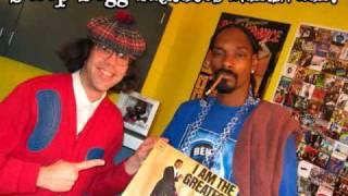 Snoop Dogg imitates Nardwuar