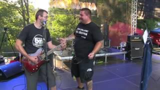 Video Grobiani - Robota ( Pracovná ) TANEC SLNKA 2016 live