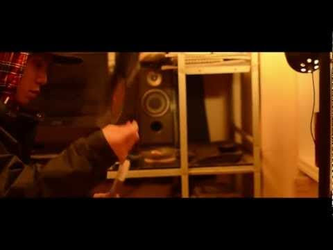 RHYME BOYA feat. BLAHRMY / BIGVILLAGE (a.k.a. swpa swwpaa M.V.) (prod by MASTA PIPPEN)