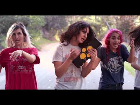 Watch Warpaint's video for 'Disco//Very'/'Keep It Healthy'