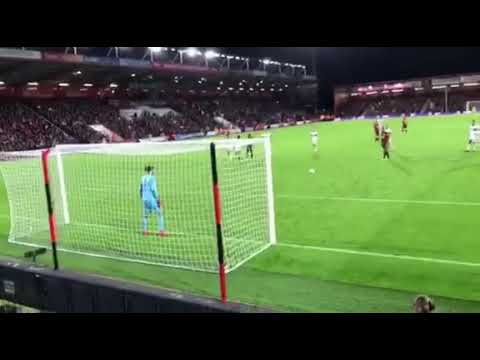 AFC Bournemouth vs Middlesbrough. Callum Wilson penalty