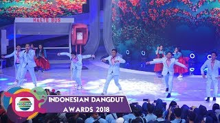 Video KEREEN! Aksi Generasi Muda Dangdut Indonesia D'GANTENGZ & D'IMOETZ MP3, 3GP, MP4, WEBM, AVI, FLV Mei 2019