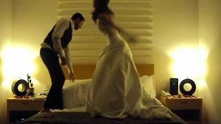 Depois do casamento, no hotel, resolvemos fazer umas palhaçadinhas em cima da cama do hotel, descontrair um pouco o