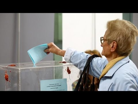 Στις κάλπες οι Σέρβοι για την εκλογή προέδρου
