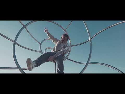 Videoclip de Kaze - Curtem