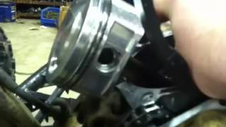 10. Warrior 350 motor rebuild part 1