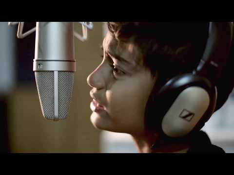 Blue Eyes Yo Yo Honey Singh Cover | Noddy Khan | Youngest Indian Rapper | 2014