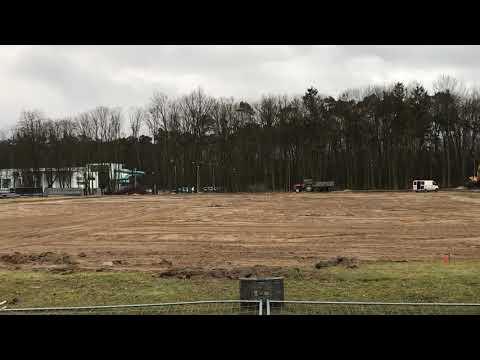Wideo1: Prace na boisku treningowym w Gostyniu