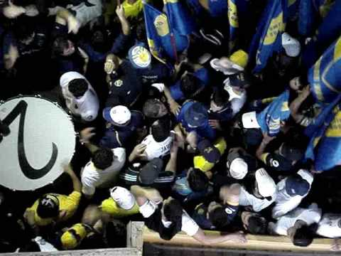 Boca 4 Lobo 0 / Entra La 12 (LOCURAAA) - La 12 - Boca Juniors