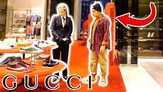 Video WEARING RAGS TO THE GUCCI STORE!! MP3, 3GP, MP4, WEBM, AVI, FLV Mei 2018