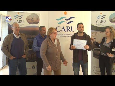 CARU entregó premio a ganador del concurso del nuevo logo del organismo binacional