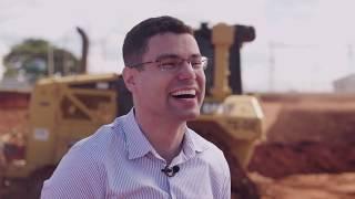 Para ajudar seus clientes a construir um mundo melhor, a Caterpillar conta com os melhores profissionais para trabalhar.