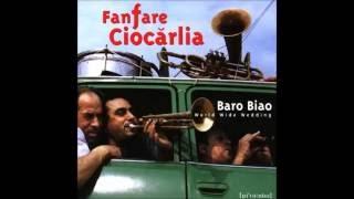 Download Lagu Fanfare Ciocărlia - Manea cu voce Mp3
