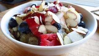 Quinoa Breakfast Cereal With Fresh Fruit&Chopped Nuts Recipe