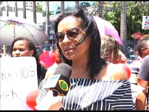 [JORNAL DA TRIBUNA] Pacientes do HEMOPE fazem protesto por falta de medicamento e problemas na estrutura