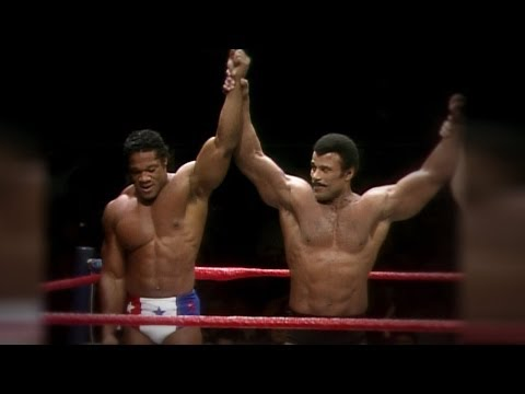 WWE honors Black History Month: Tony Atlas & Rocky Johnson tribute (видео)