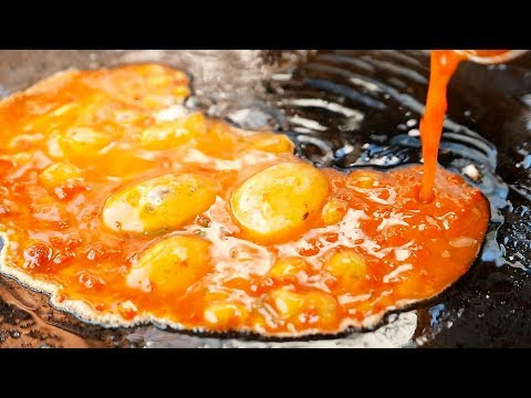 Indian Street Food - SCRAMBLED EGGS PIZZA Mumbai Hyderabad India