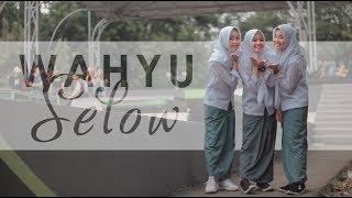 Video Wahyu - Selow Music Cover (Putih Abu-abu) MP3, 3GP, MP4, WEBM, AVI, FLV April 2019