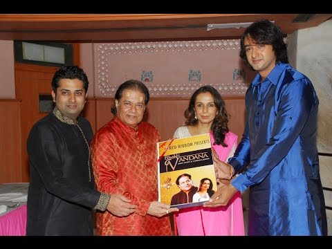 "Vandana Somayia's album ""Bhakti vandana ""unveiled by actor Saurabh Raaj Jain and Anup jalota"