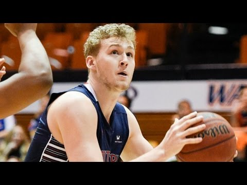 Saint Mary's Forward Jock Landale Leads Gaels To Victory | CampusInsiders (видео)