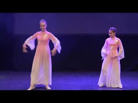 Izvođenje baletske numere Miomiris povodom proslave kineske Nove godine