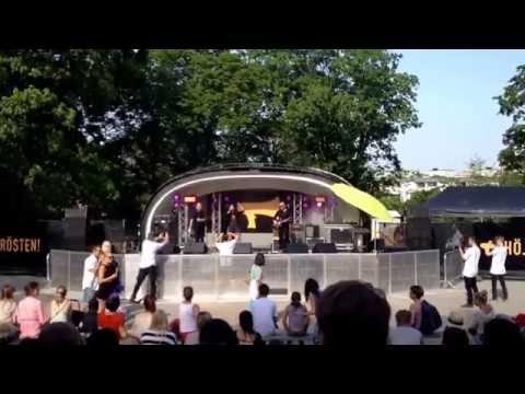 Alina Devecerski - Krigar Precis Som Du (Live, Vitabergsparken, Stockholm - 2014-05-24)