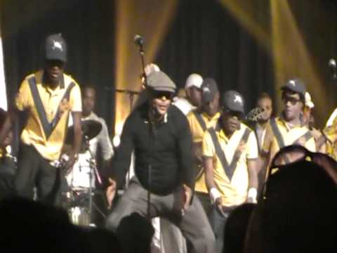 Csar NGADI : JB MPIANA, concert (JB danse) 7